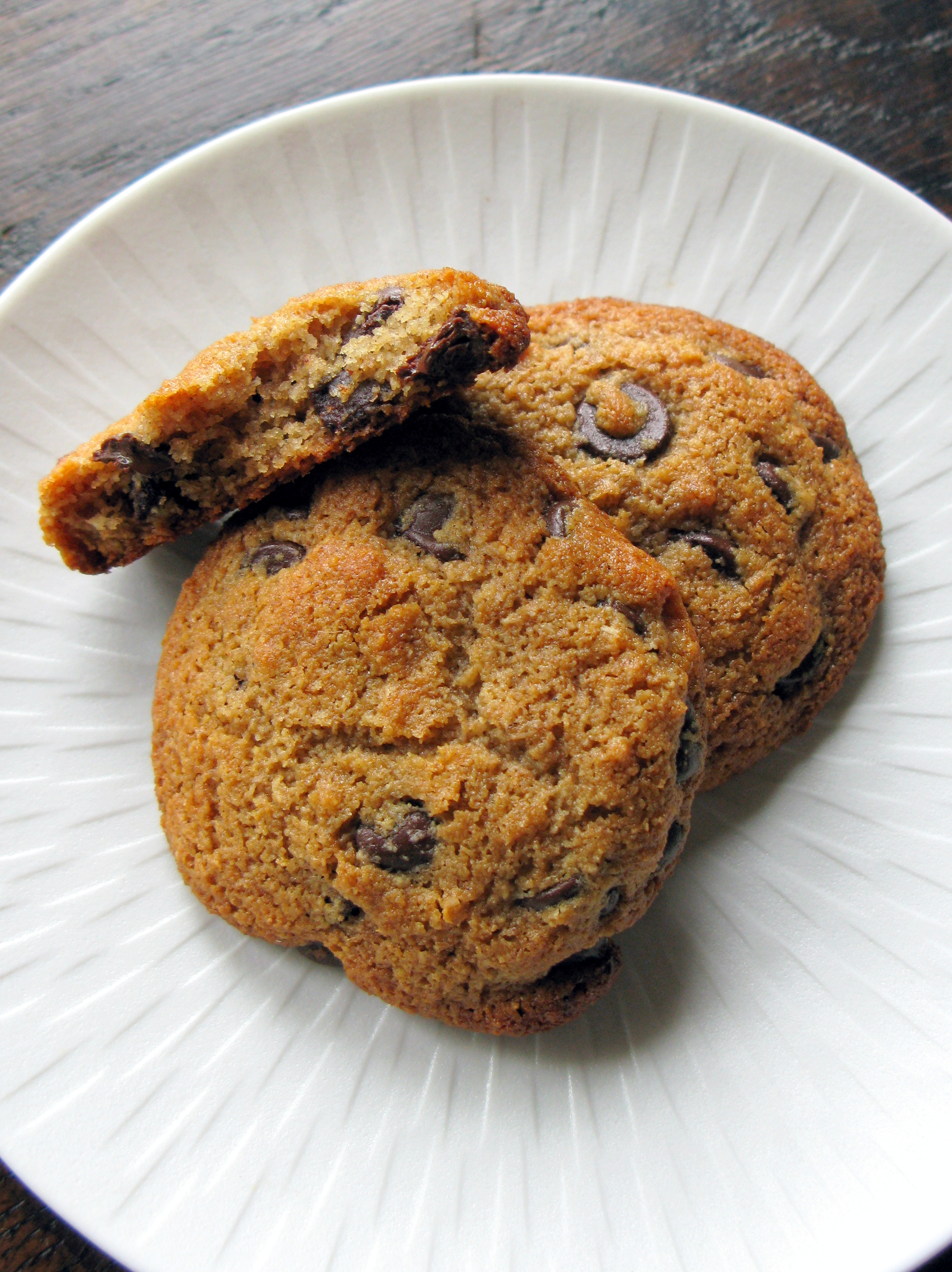 Almond and Buckwheat Flour Gluten Free Chocolate Chip Cookies ...