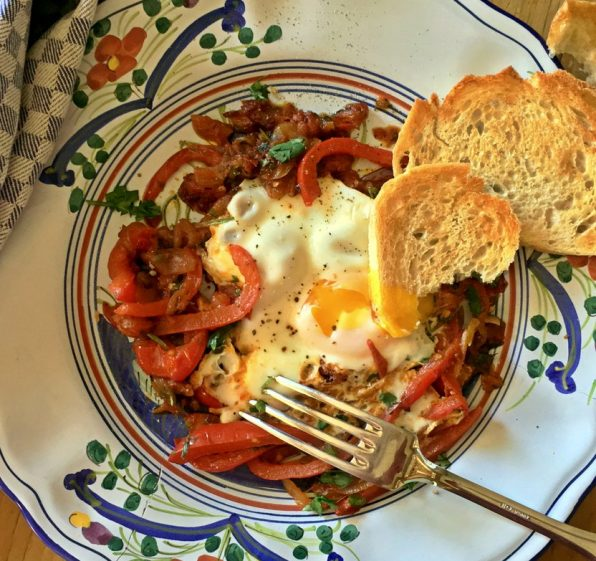 Shakshuka Eggs Poached with Tomatoes and Peppers