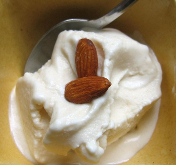 Almond Honey Ice Cream