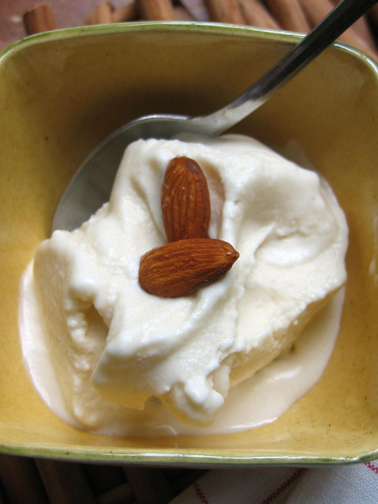 Honey Almond Ice Cream