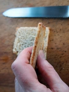 Melba toast cut